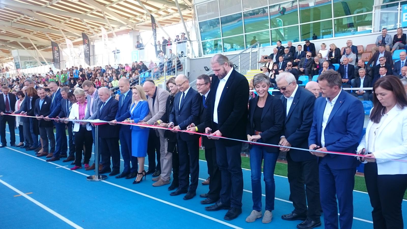 Stadion lekkoatletyczny już otwarty