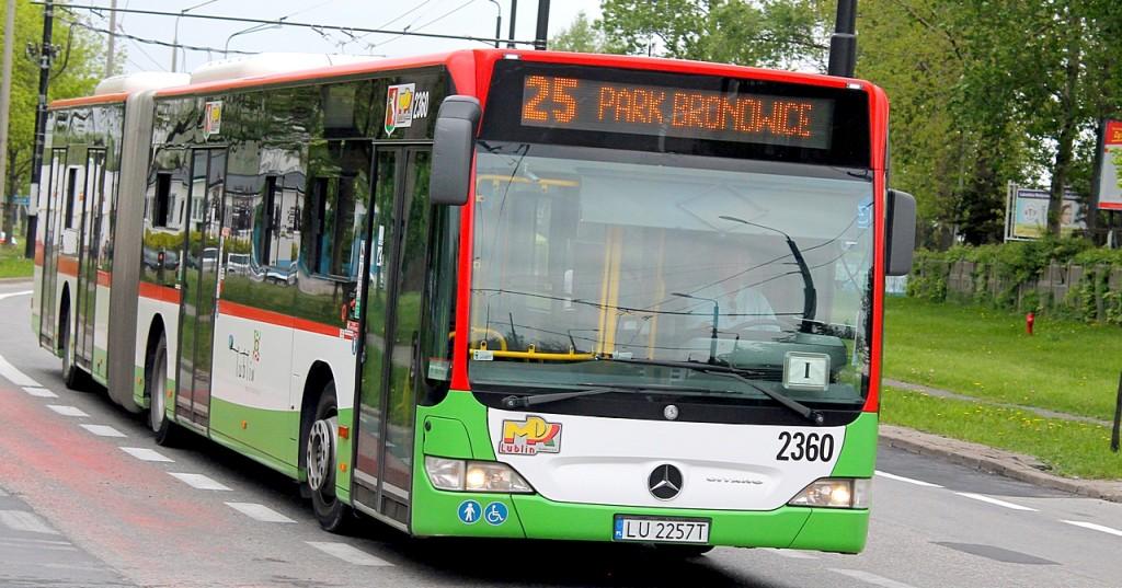 Lubelscy radni jednogłośnie przyjęli prezydencki projekt o darmowej komunikacji miejskiej