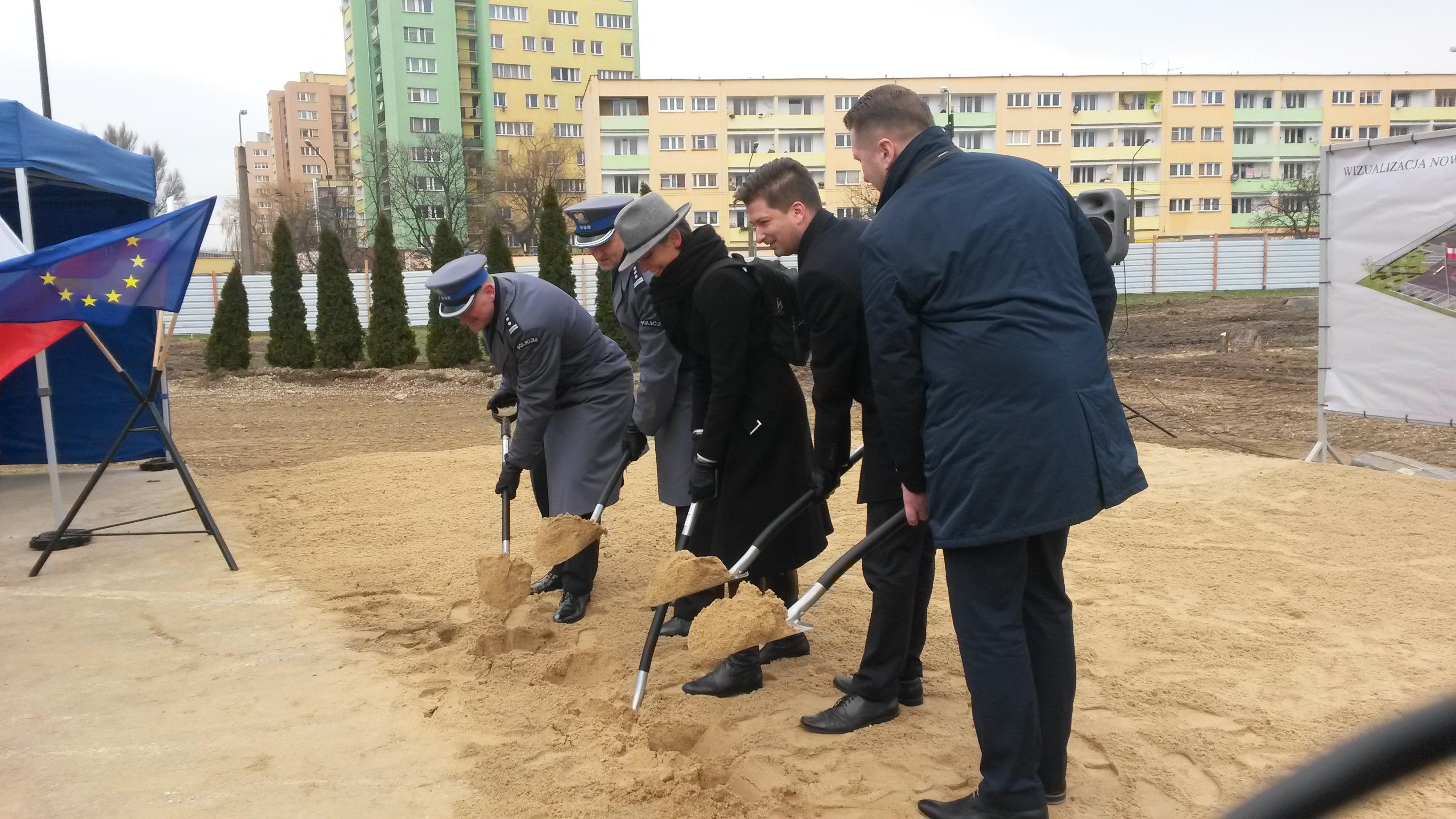 Pierwsza łopata pod nowy VI Komisariat Policji w Lublinie została wbita