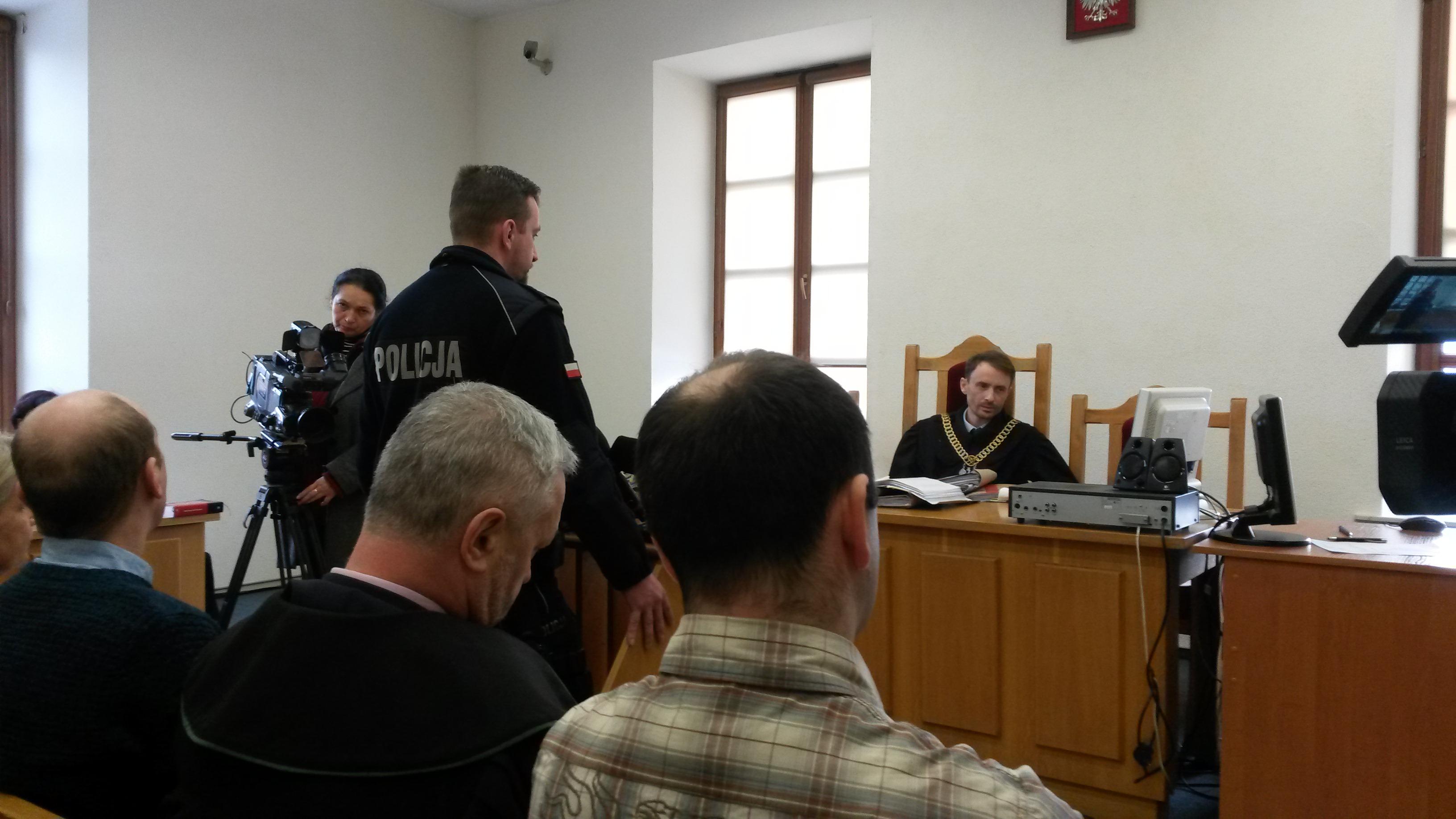 Sąd Rejonowy zamknął przewód sądowy w sprawie policjantów