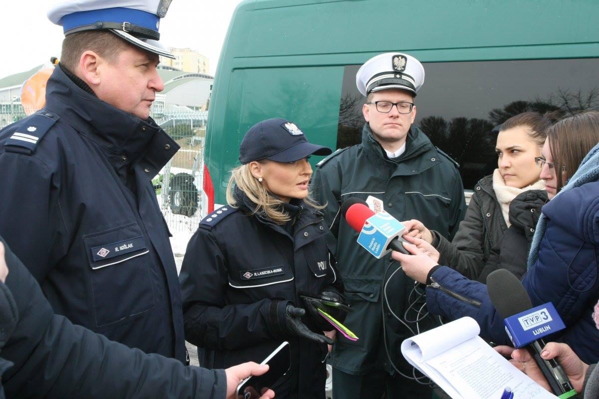 Policja apeluje o zachowanie bezpieczeństwa podczas zimowych zabaw
