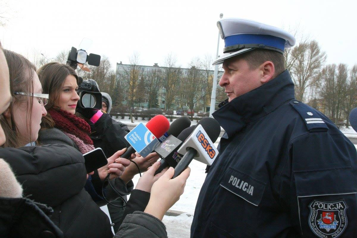 Ferie to czas wzmożonego ruchu na drogach. Policja apeluje o rozwagę i zachowanie zasad bezpieczeństwa