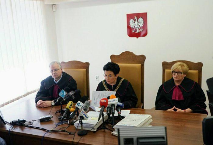 Wojewódzki Sąd Administracyjny w Lublinie zdecydował o pozostawieniu sędzi prowadzącej sprawę wygaszenia mandatu prezydenta Krzysztofa Żuka w składzie.