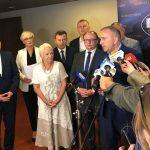 Posłowie Platformy Obywatelskiej krytykują budowę zapory w ramach walki z wirusem ASF