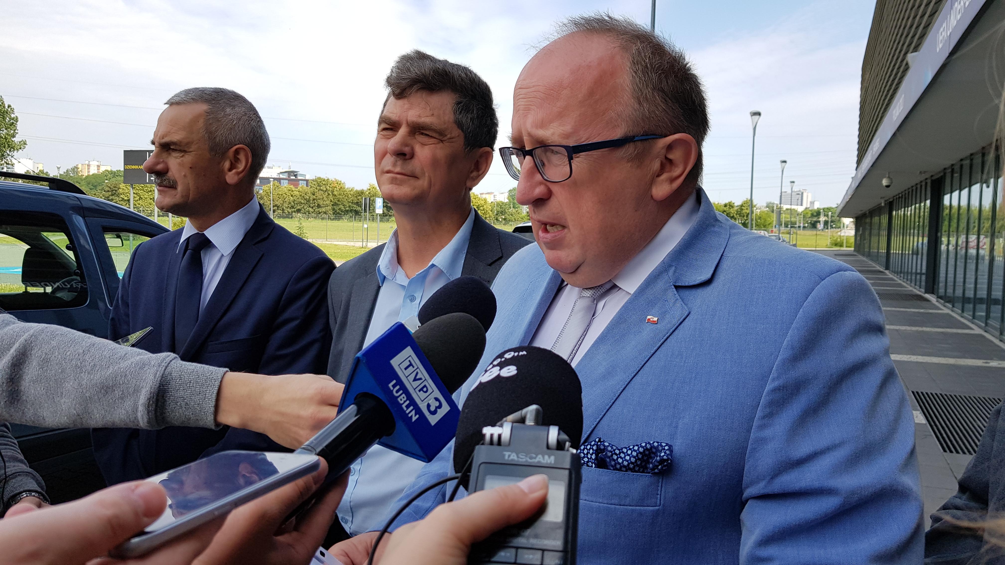Radni PiS złożyli wniosek o zwołanie nadzwyczajnej komisji sportu