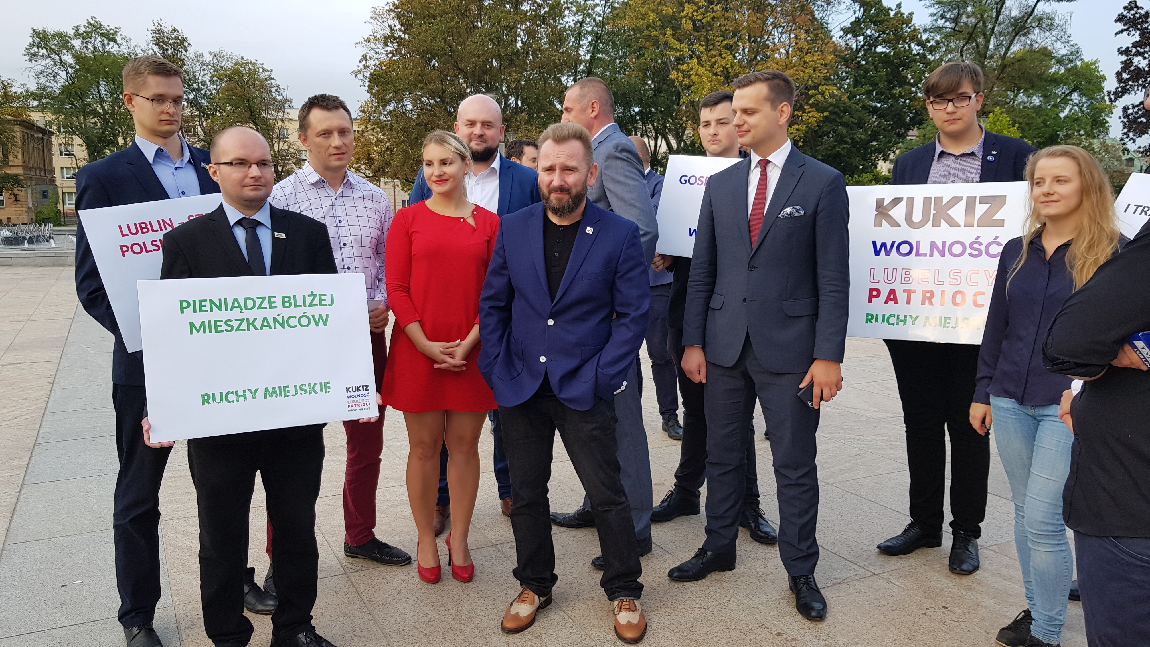 Poseł Piotr Liroy Marzec przyjechał do Lublina poprzeć Jakuba Kuleszę w walce o fotel prezydenta miasta