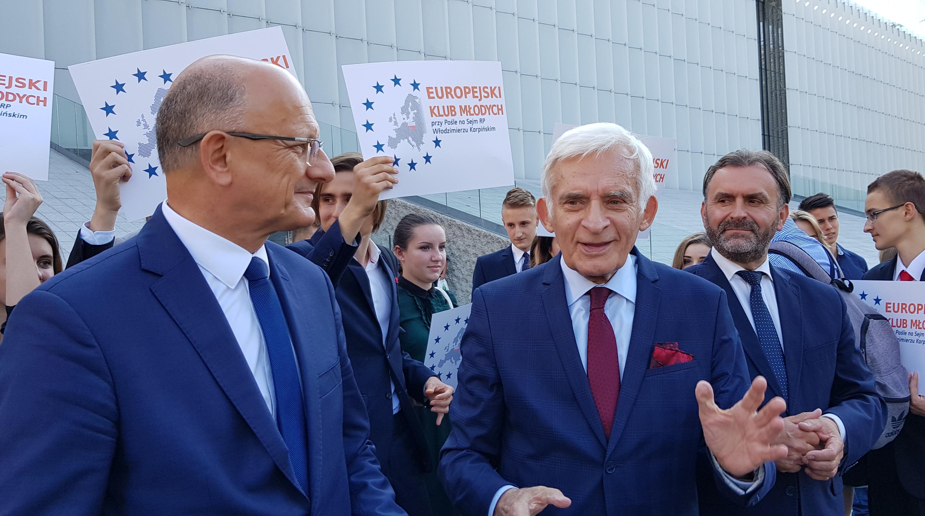 Europejski Klub Młodych powstał przy pośle Włodzimierzu Karpińskim