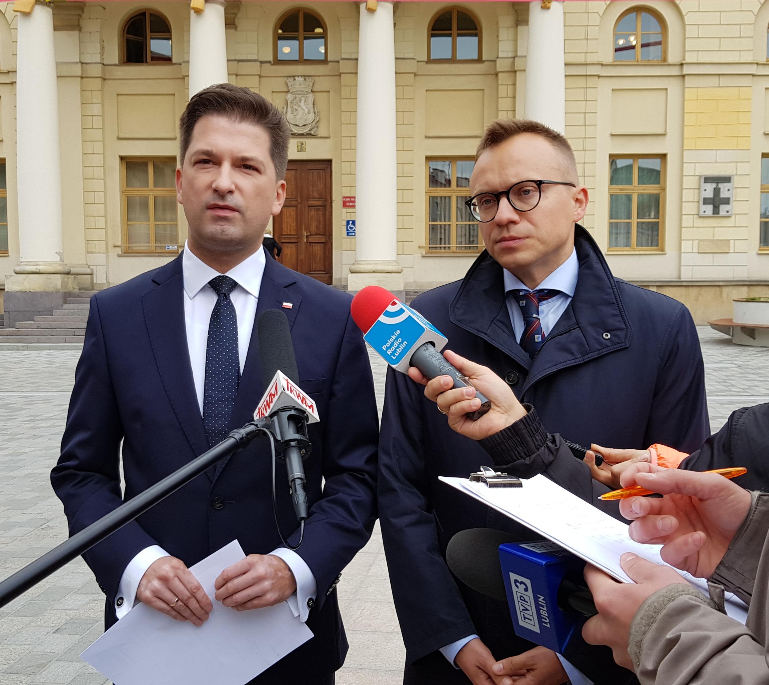 Mieszkania komunalne, socjalne i realizację programu Mieszkanie Plus – oferuje w Lublinie Sylwester Tułajew