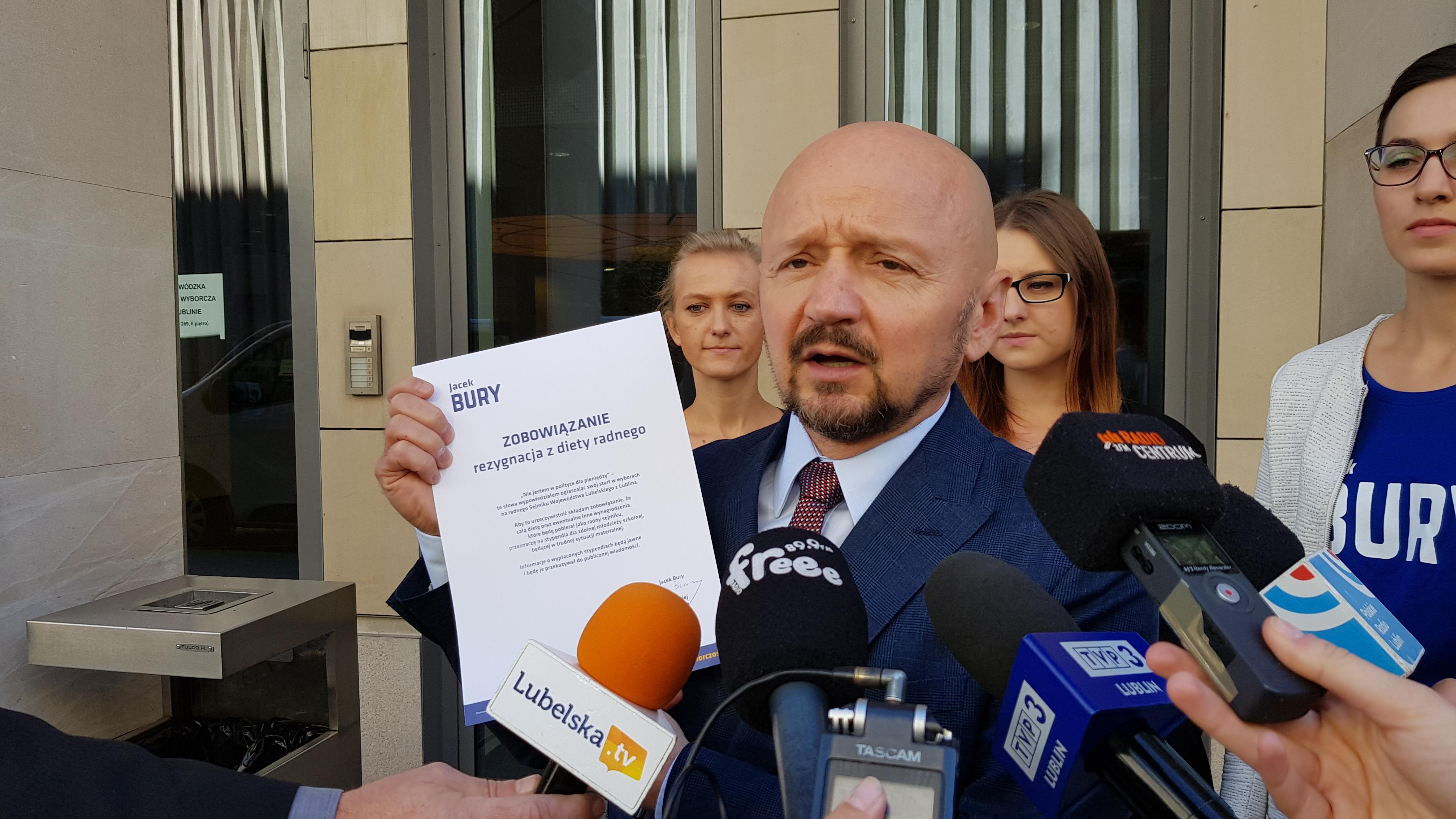 Kandydat do sejmiku wojewódzkiego z Koalicji Obywatelskiej zrzeka się diety radnego.