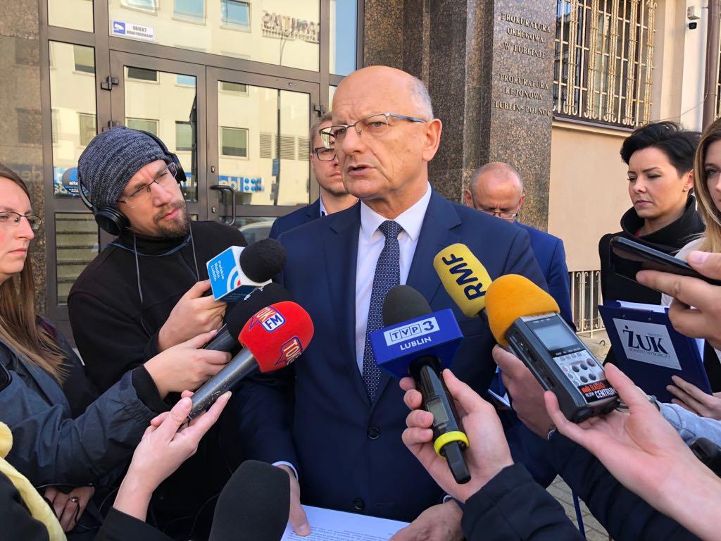 Krzysztof Żuk złożył zawiadomienie do prokuratury o możliwości popełnienia przestępstw przez Sylwestra Tułajewa