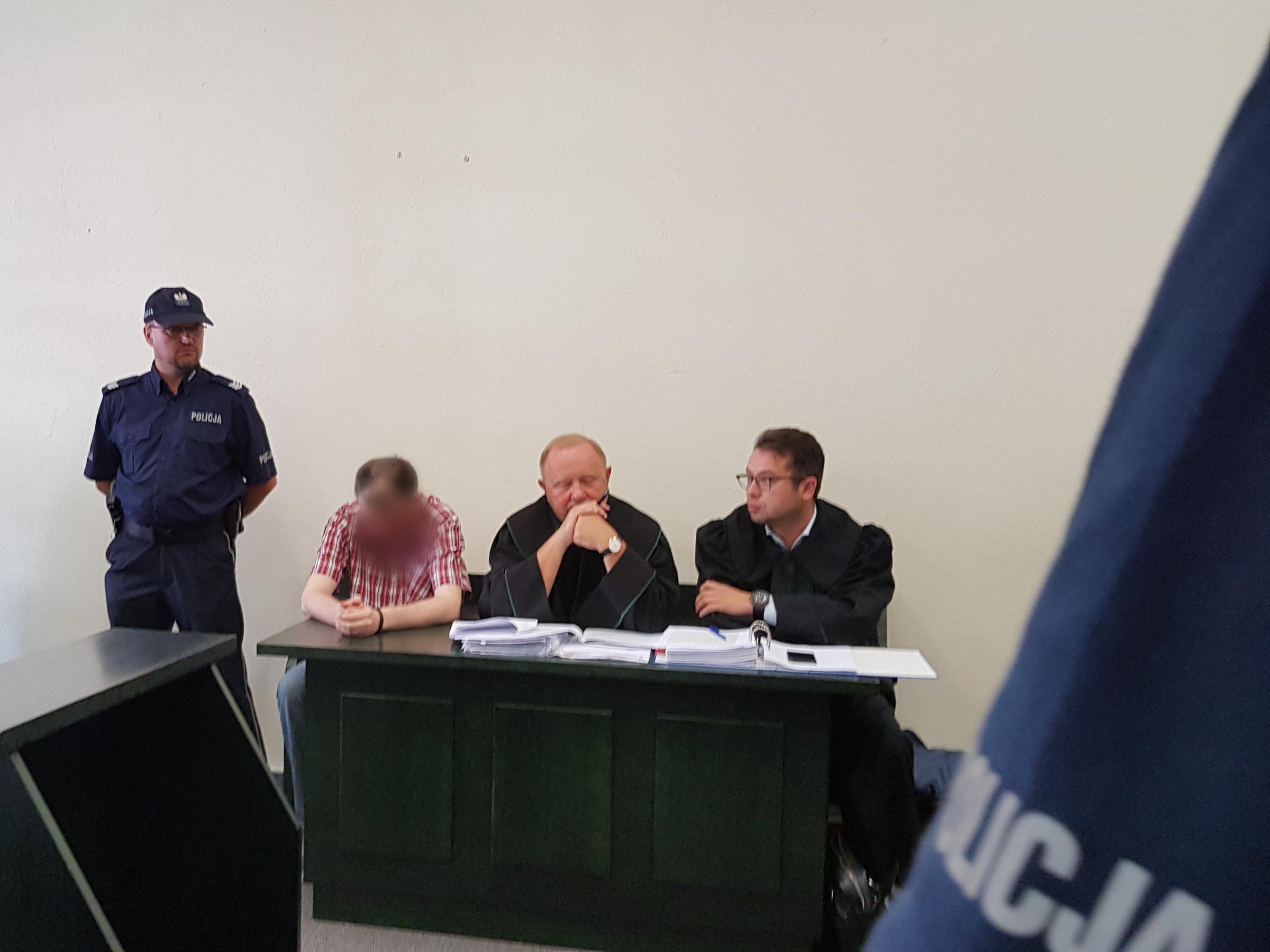 Zapadł wyrok w sprawie trzech byłych policjantów