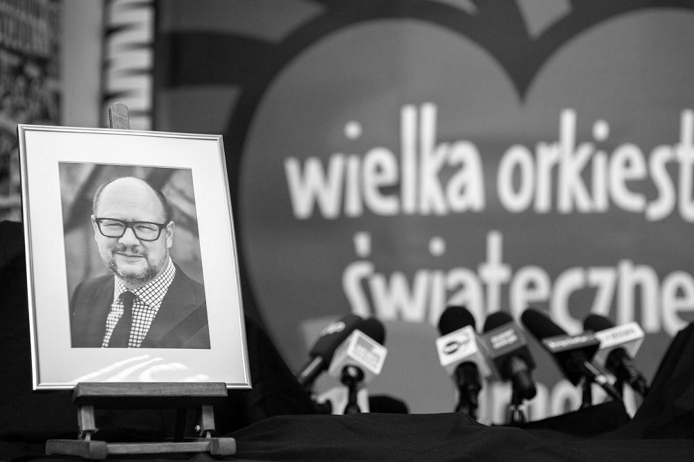 Lubelscy wolontariusze WOŚP zmierzają do Owsiaka